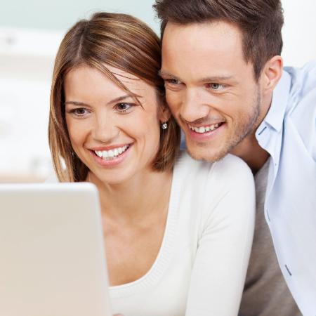 Con App Edificios Davivienda, pague su administración rápido y fácil.